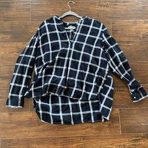 Old navy classic black white plaid xxl blouse